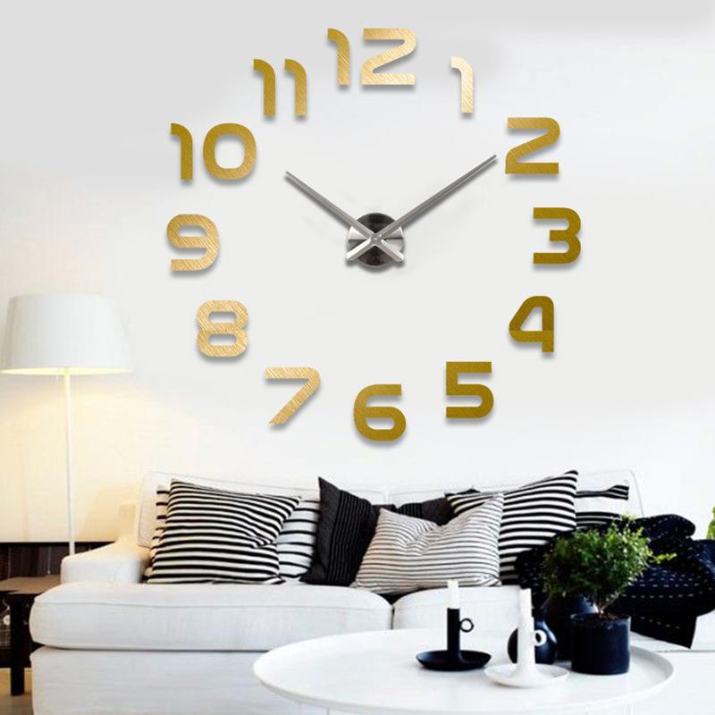 Большие настенные часы как элемент современного дизайна