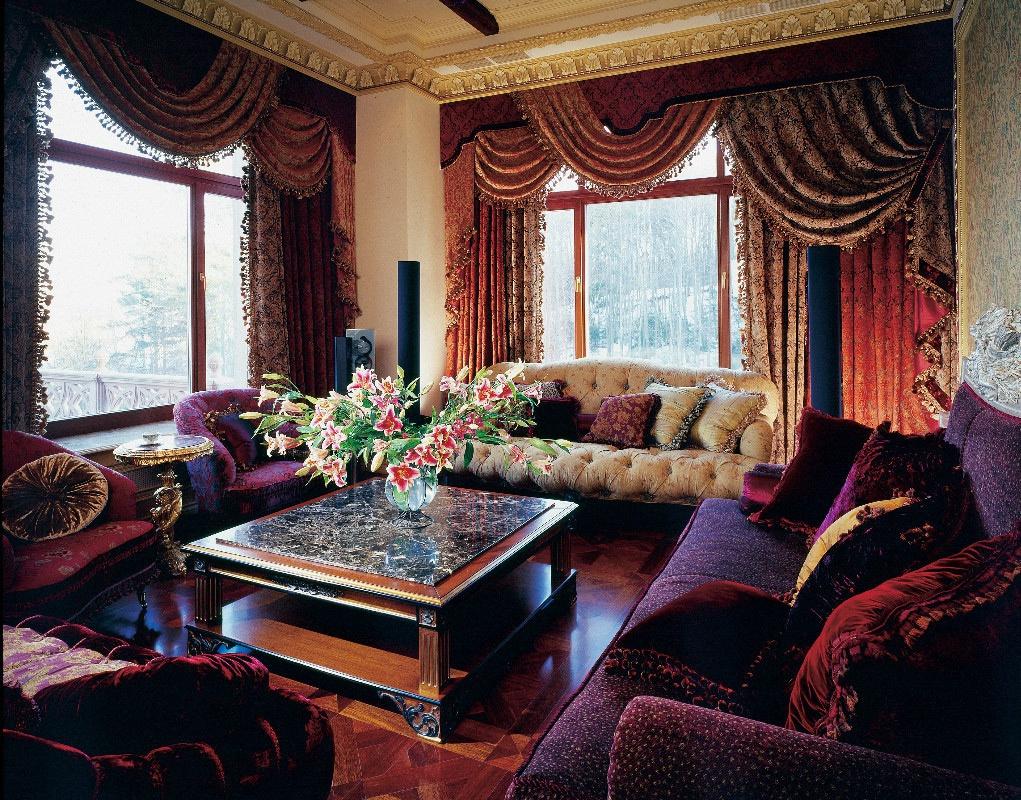Фото штор в гостиную в стиле барокко
