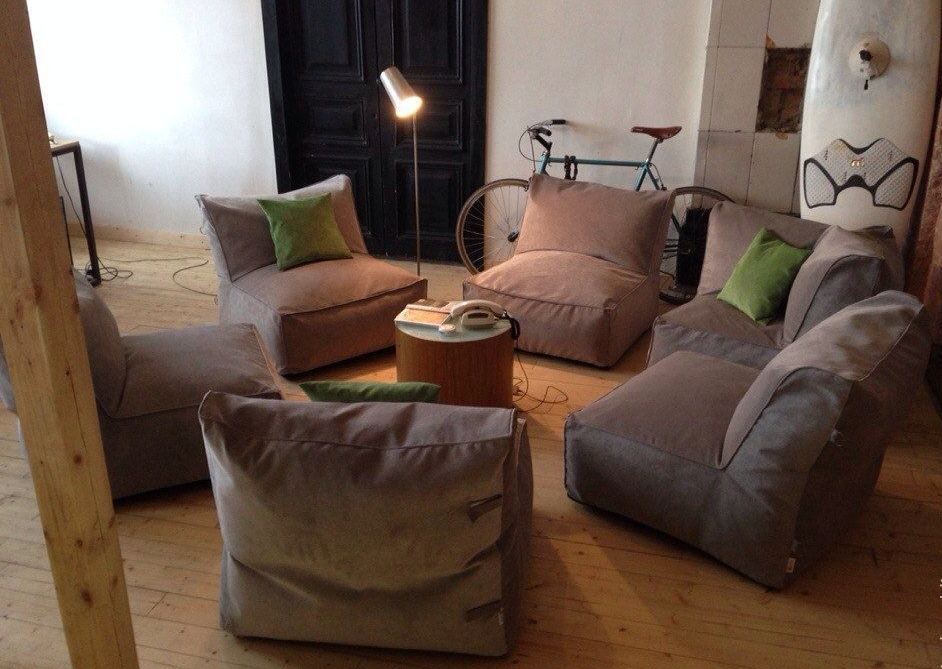 Модульный диван без жесткой сцепки между секциями