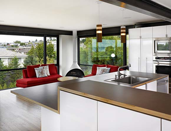 Уборка гостиной, совмещенной с кухней