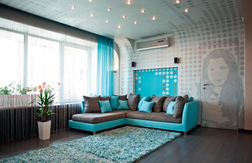 Сдержанный поп - арт в дизайне штор и интерьера в целом для гостиной