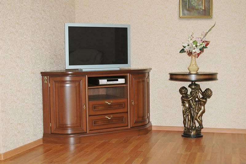 Классическая угловая тумба под телевизор