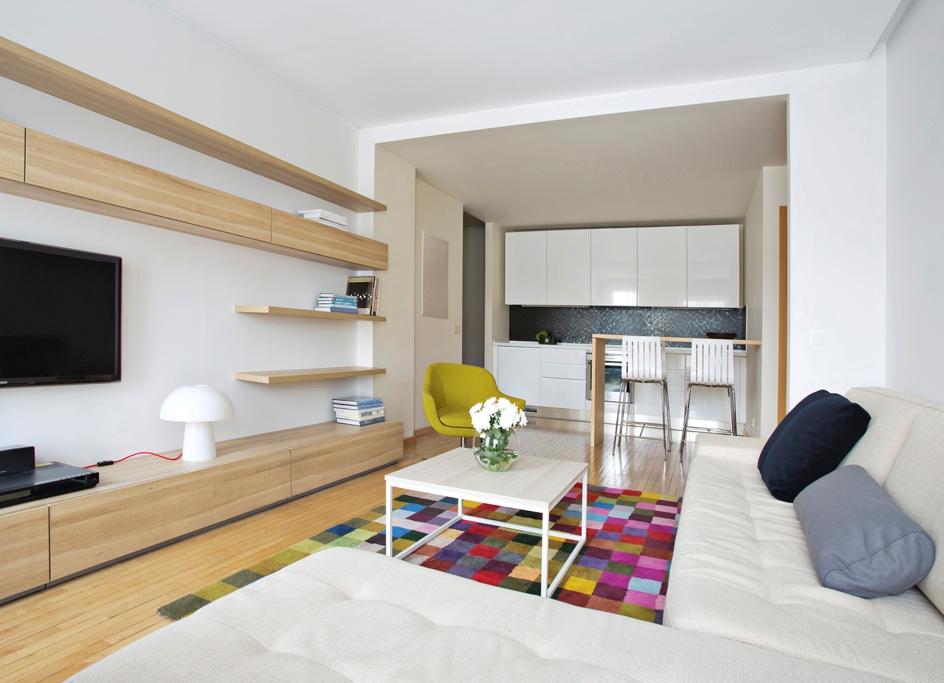 Дизайн кухни- гостиной 20 кв м в светлых тонах
