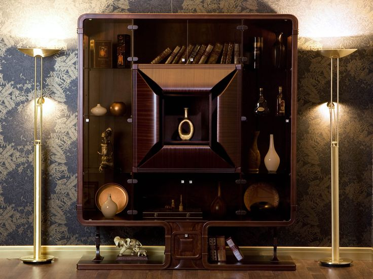 Необычный дизайн шкафа - витрины для посуды