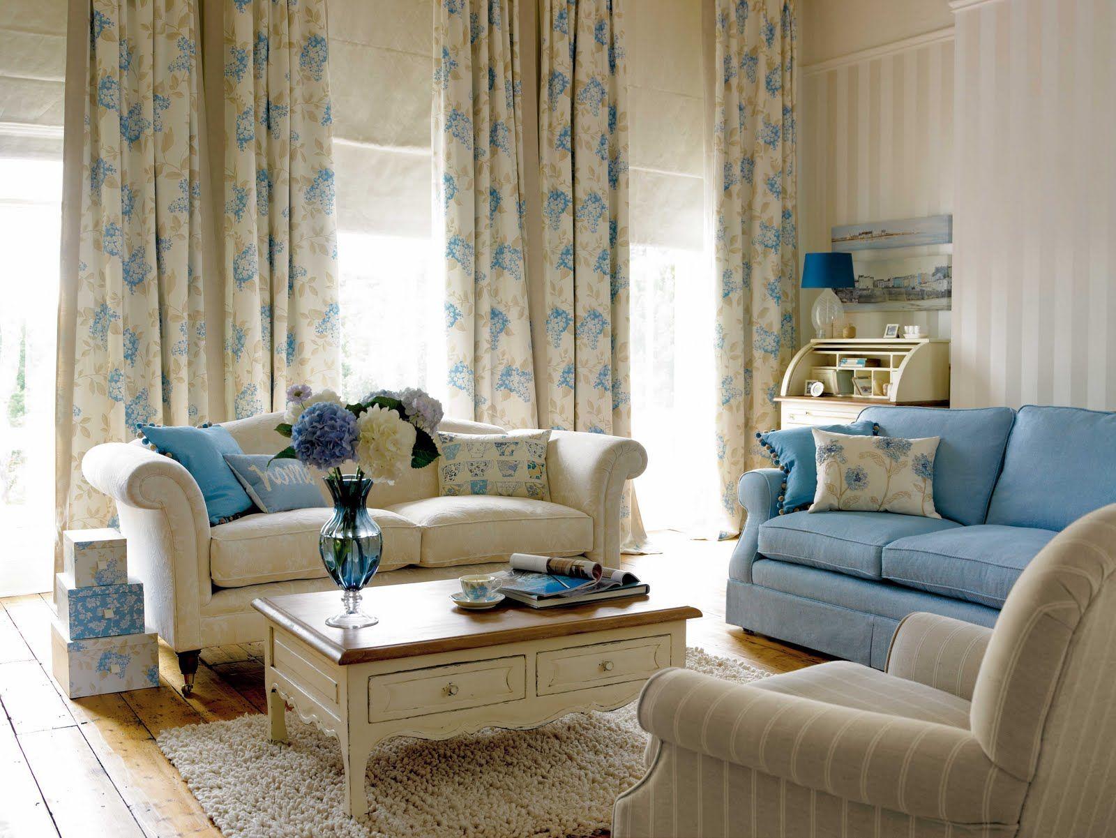 Цветочные шторы в гостиной