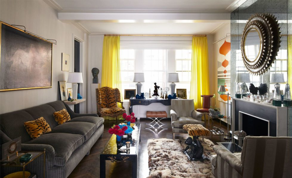 Шторы в гостиной под элементы текстиля