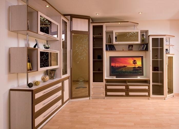 Угловая стенка в гостиной в современном стиле