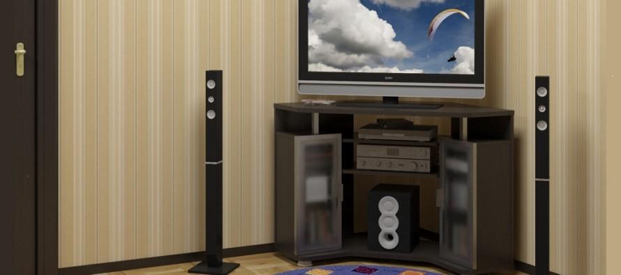 Угловая тумба под телевизор в неоклассическом стиле