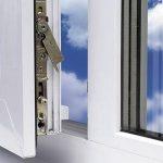 Окна ПВХ – смазка и переборка фурнитуры