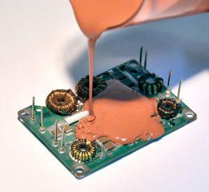 teploprovodnye-silikonovye-pompaundy_2