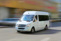 preimushhestvo-arenda-mikroavtobusa-s-voditelem