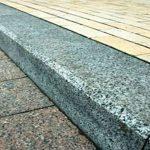 Бордюрный камень: применение и особенности