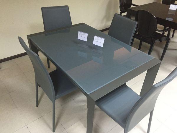stekljannye-obedennye-stoly_1