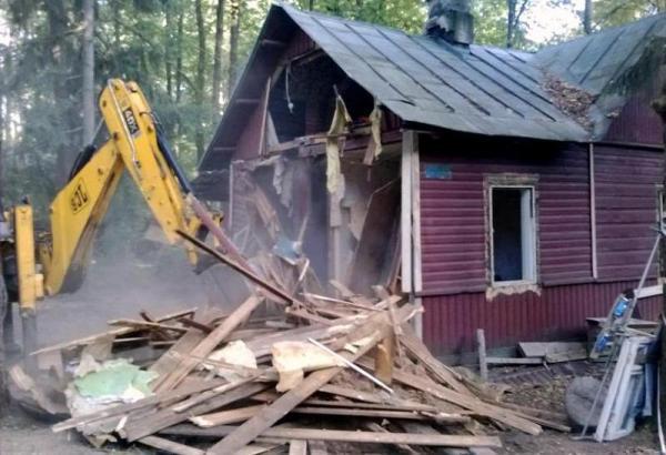 demontazh-dachnogo-doma
