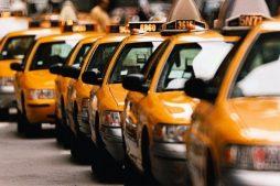 taksi-udobnyj-i-nadyozhnyj-transport