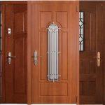 kak vybrat vxodnye dveri