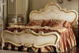 Царские кровати